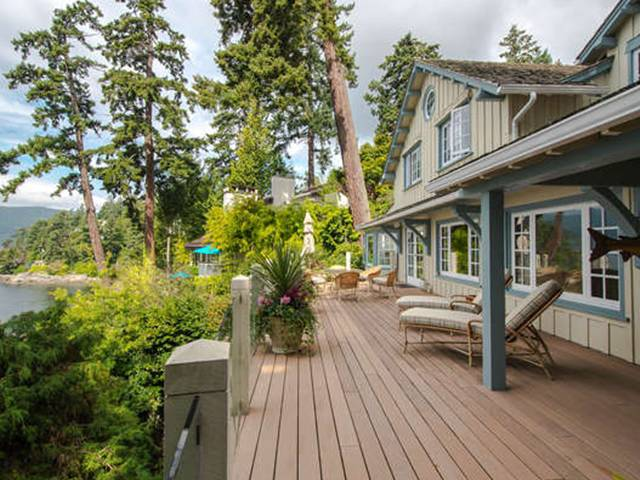 Main Photo: 6010 GLENEAGLES PL in West Vancouver: Gleneagles House for sale : MLS® # V1083986