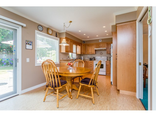 Photo 7: 1861 129A ST in Surrey: Crescent Bch Ocean Pk. House for sale (South Surrey White Rock)  : MLS® # F1446892