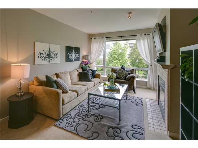 "Main Photo: 412 3629 DEERCREST Drive in North Vancouver: Roche Point Condo for sale in ""RAVENWOODS - DEERFIELD BY THE SEA"" : MLS® # V952130"