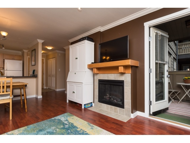 Photo 5: 217 808 SANGSTER PLACE in New Westminster: The Heights NW Condo for sale : MLS(r) # R2026724