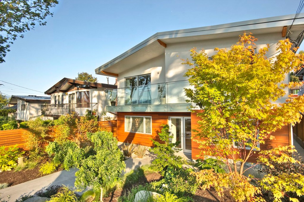 Main Photo: 3544 Gladstone Street in Vancouver: Grandview VE Home for sale (Vancouver West)  : MLS(r) # V972034