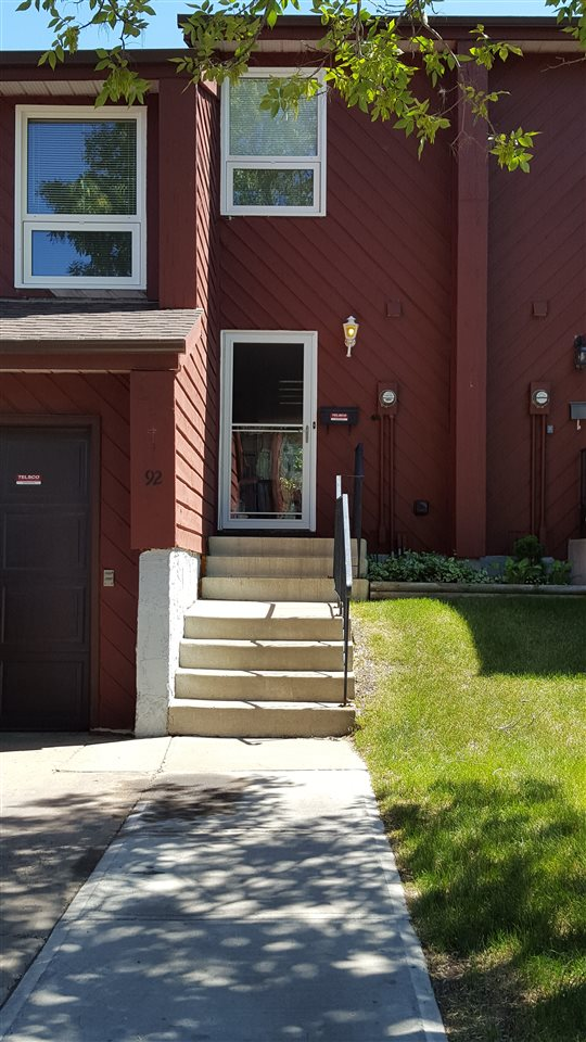 Main Photo: 92 Lorelei CL NW in Edmonton: Zone 27 Townhouse for sale : MLS(r) # E4027246