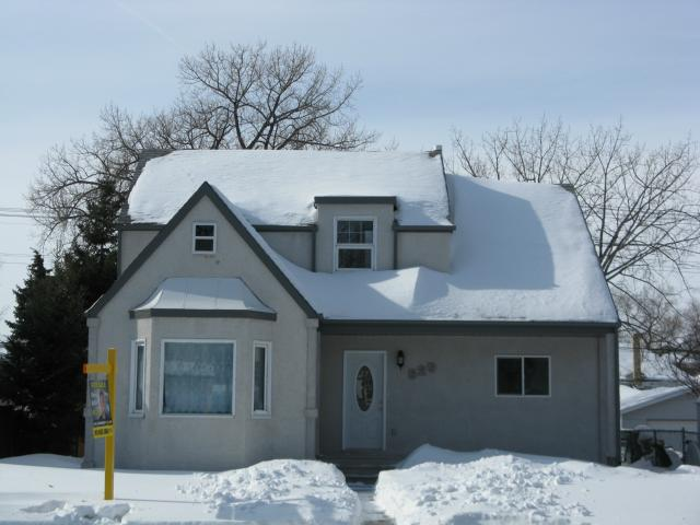 Main Photo: 529 Des Meurons Street in WINNIPEG: St Boniface Residential for sale (South East Winnipeg)  : MLS® # 1302433