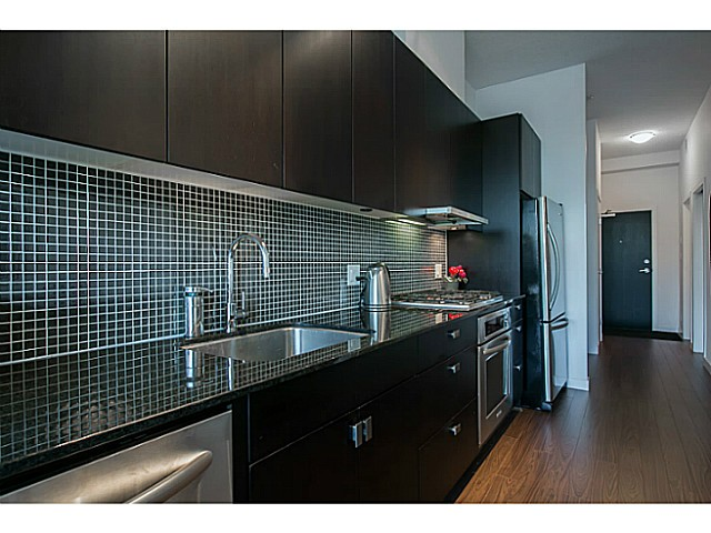Photo 3: # 312 121 BREW ST in Port Moody: Port Moody Centre Condo for sale : MLS® # V1036625