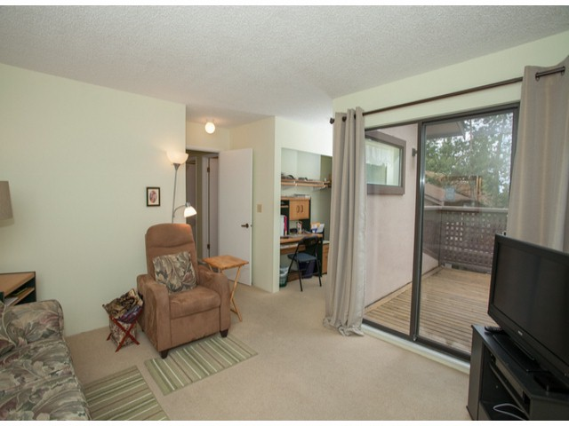 Photo 17: # 104 12741 16TH AV in Surrey: Crescent Bch Ocean Pk. Condo for sale (South Surrey White Rock)  : MLS(r) # F1415306