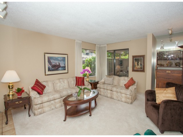 Photo 3: # 104 12741 16TH AV in Surrey: Crescent Bch Ocean Pk. Condo for sale (South Surrey White Rock)  : MLS(r) # F1415306