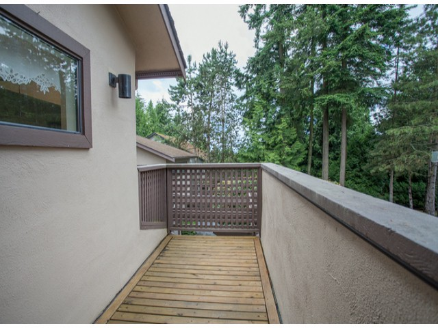 Photo 18: # 104 12741 16TH AV in Surrey: Crescent Bch Ocean Pk. Condo for sale (South Surrey White Rock)  : MLS(r) # F1415306