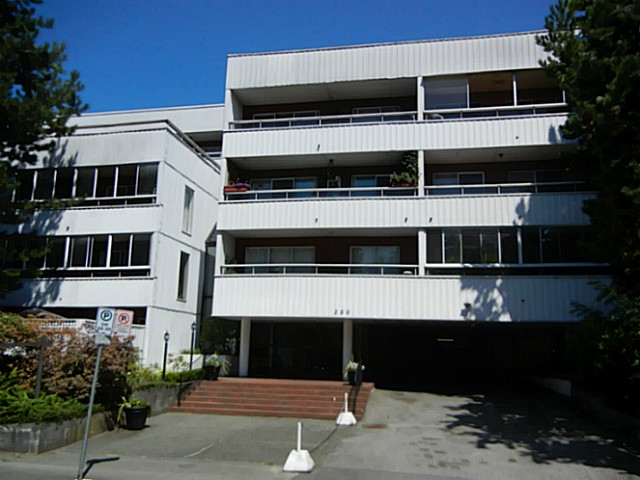 Main Photo: 205 250 1st Street in North Vancouver: Condo for sale : MLS®# V1040877