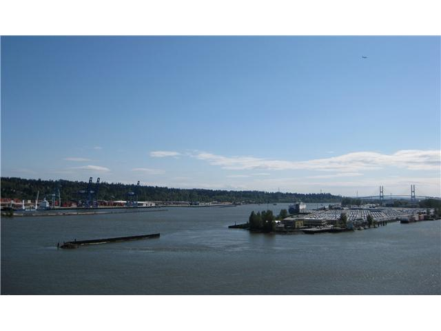 Main Photo: # 1702 1065 QUAYSIDE DR in : Quay Condo for sale : MLS(r) # V893405