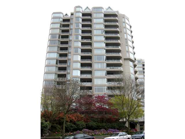 Photo 2: # 1702 1065 QUAYSIDE DR in : Quay Condo for sale : MLS(r) # V893405