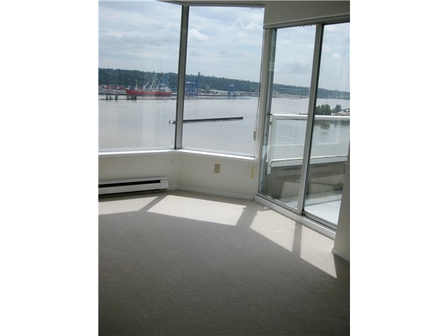 Photo 8: # 1702 1065 QUAYSIDE DR in : Quay Condo for sale : MLS(r) # V893405
