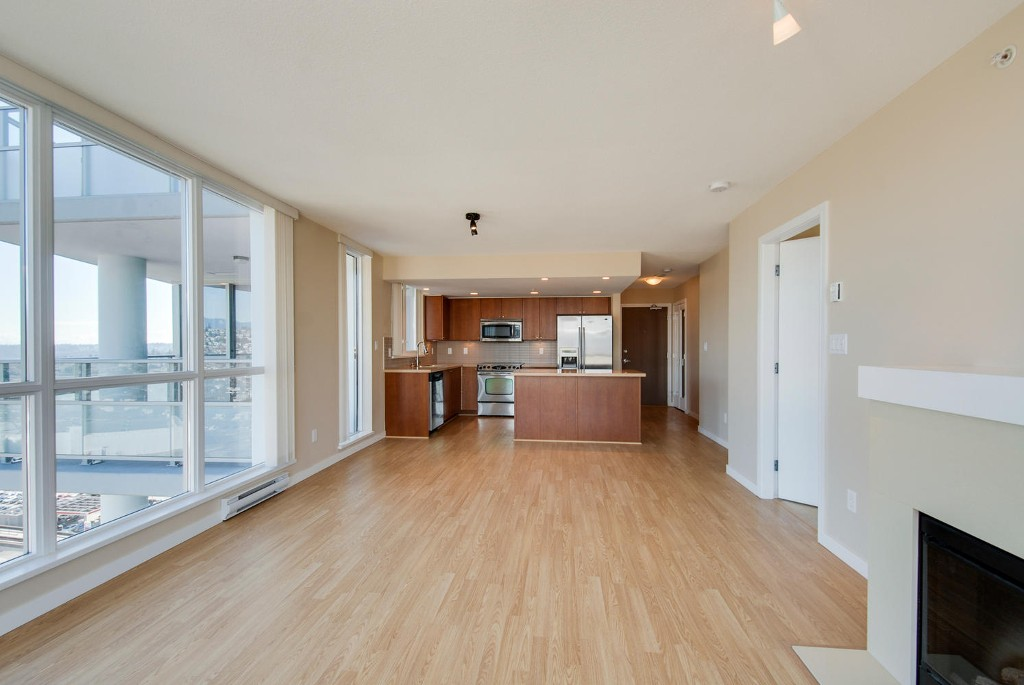 Photo 8: # 2202 4400 BUCHANAN ST in Burnaby: Brentwood Park Condo for sale (Burnaby North)  : MLS(r) # V1049592