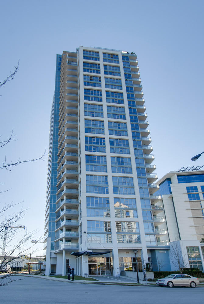 Photo 2: # 2202 4400 BUCHANAN ST in Burnaby: Brentwood Park Condo for sale (Burnaby North)  : MLS(r) # V1049592