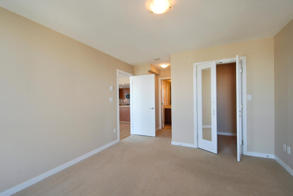 Photo 10: # 2202 4400 BUCHANAN ST in Burnaby: Brentwood Park Condo for sale (Burnaby North)  : MLS(r) # V1049592