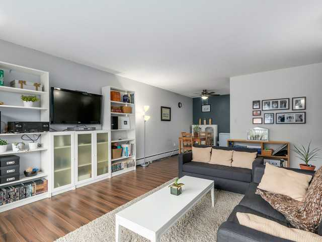 Photo 4: # 201 131 W 4TH ST in North Vancouver: Lower Lonsdale Condo for sale : MLS(r) # V1090521