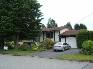 Main Photo: 7918 TEAL ST in Mission: Mission BC House for sale : MLS® # F1414654