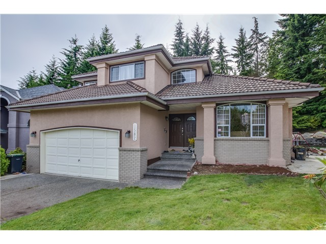 Main Photo: 1582 WINTERGREEN Place in Coquitlam: Westwood Plateau House for sale : MLS®# V1070276