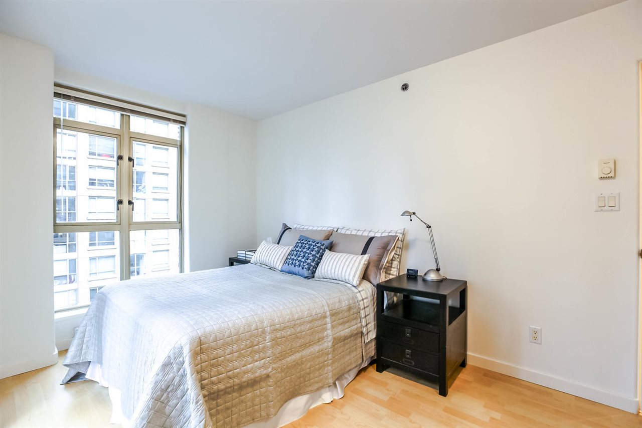 Photo 17: 808 819 HAMILTON STREET in Vancouver: Downtown VW Condo for sale (Vancouver West)  : MLS(r) # R2118682