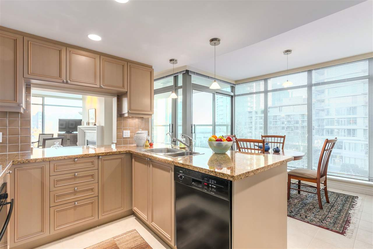 Photo 6: 305 1680 BAYSHORE DRIVE in Vancouver: Coal Harbour Condo for sale (Vancouver West)  : MLS(r) # R2130956