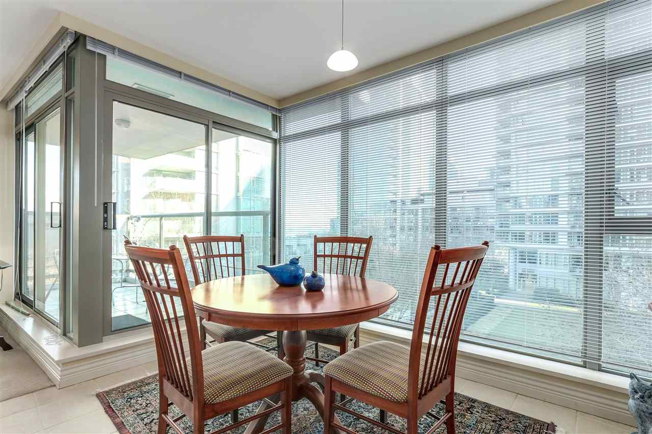 Photo 8: 305 1680 BAYSHORE DRIVE in Vancouver: Coal Harbour Condo for sale (Vancouver West)  : MLS(r) # R2130956