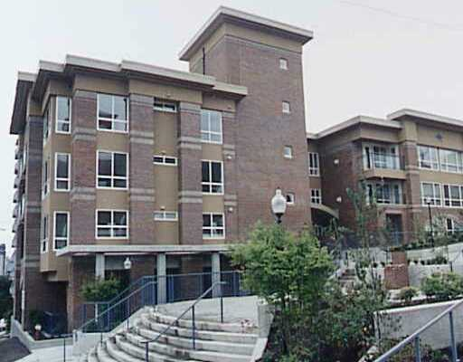 "Main Photo: 335 CARNARVON Street in New Westminster: Downtown NW Condo for sale in ""KINGS GARDENS"" : MLS(r) # V623549"