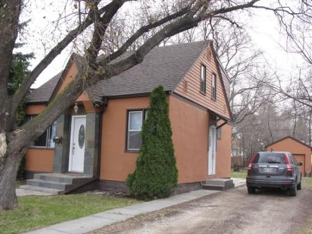 Main Photo: Beautiful 3 Bedroom One and 1/2 Storey