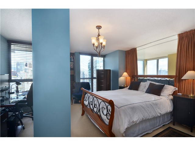 "Photo 10: # 2204 1238 RICHARDS ST in Vancouver: Yaletown Condo for sale in ""Metropolis"" (Vancouver West)  : MLS(r) # V1023546"