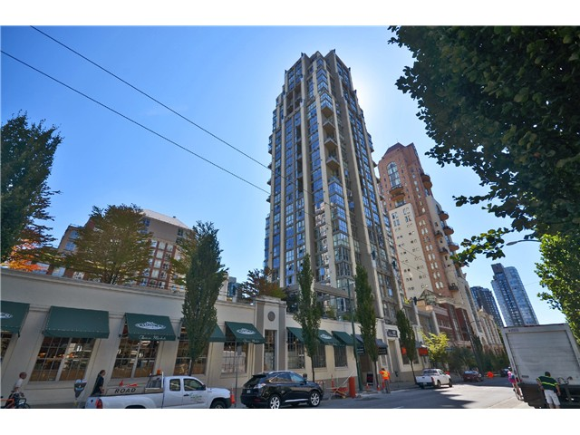"Main Photo: # 2204 1238 RICHARDS ST in Vancouver: Yaletown Condo for sale in ""Metropolis"" (Vancouver West)  : MLS(r) # V1023546"