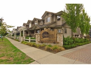 "Main Photo: 6 19250 65 Avenue in Surrey: Clayton Townhouse for sale in ""Sunberry Court"" (Cloverdale)  : MLS® # F1321677"
