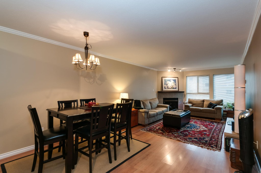 Photo 2: # 206 7465 SANDBORNE AV in Burnaby: South Slope Condo for sale (Burnaby South)  : MLS(r) # V1038275