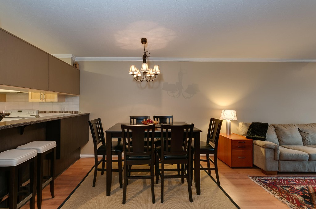 Photo 6: # 206 7465 SANDBORNE AV in Burnaby: South Slope Condo for sale (Burnaby South)  : MLS(r) # V1038275