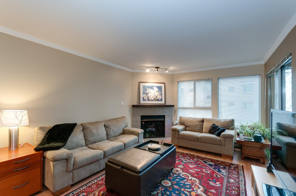 Photo 4: # 206 7465 SANDBORNE AV in Burnaby: South Slope Condo for sale (Burnaby South)  : MLS(r) # V1038275