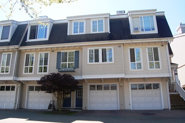 Main Photo: 69 8890 WALNUT GROVE DRIVE in Langley: Walnut Grove Townhouse for sale : MLS® # R2068096