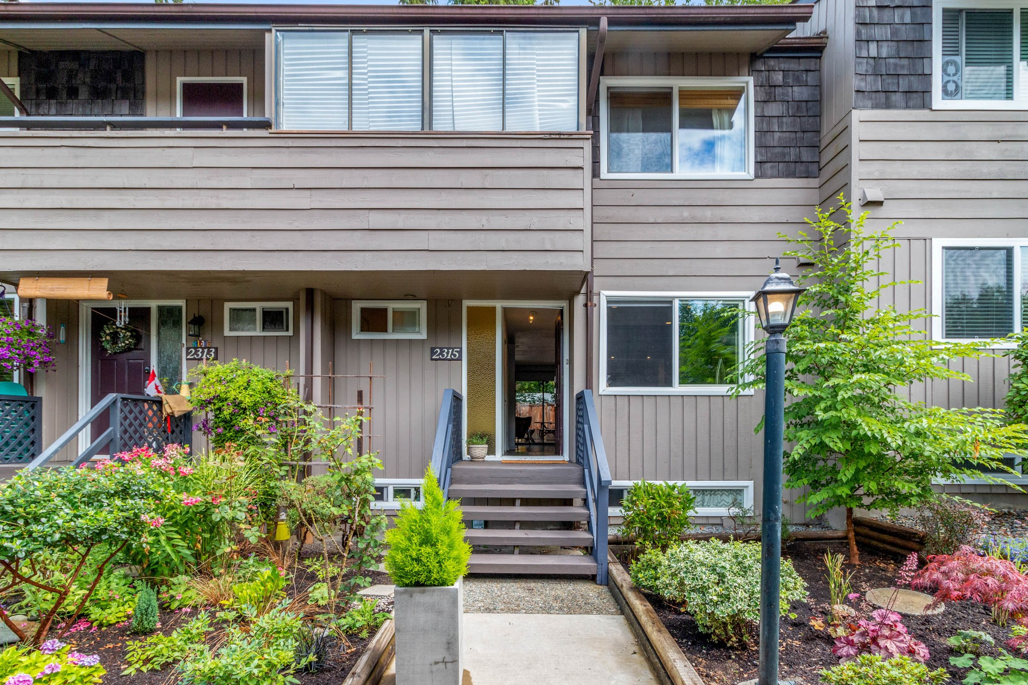 FEATURED LISTING: 2315 MOUNTAIN Highway North Vancouver