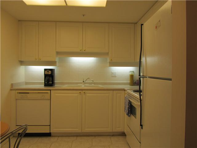 "Photo 5: 604 1185 QUAYSIDE Drive in New Westminster: Quay Condo for sale in ""THE RIVIERA"" : MLS(r) # V961261"