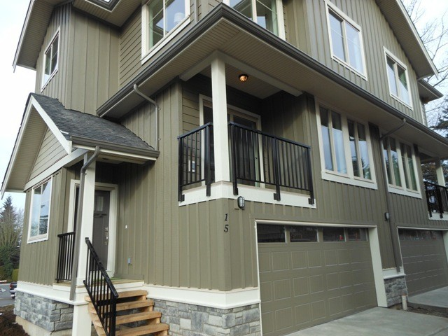 "Main Photo: 1 3266 147TH Street in Surrey: Elgin Chantrell Townhouse for sale in ""Elgin Oaks"" (South Surrey White Rock)  : MLS® # F1305179"