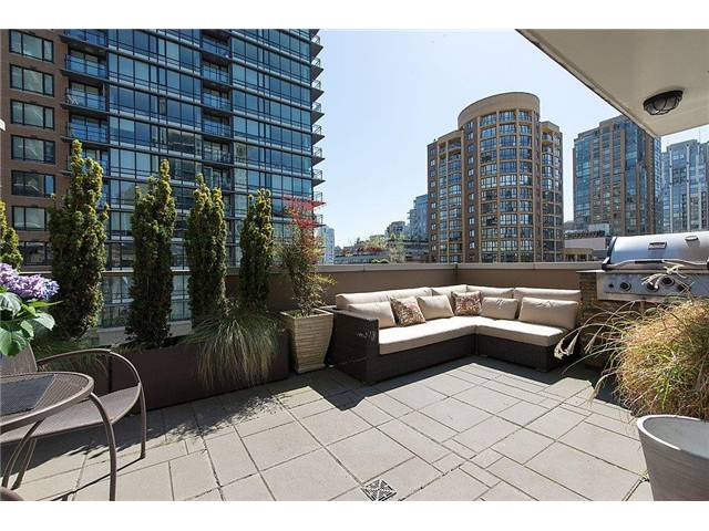 "Main Photo: 519 1055 RICHARDS Street in Vancouver: Downtown VW Condo for sale in ""DONOVAN"" (Vancouver West)  : MLS(r) # V1003213"