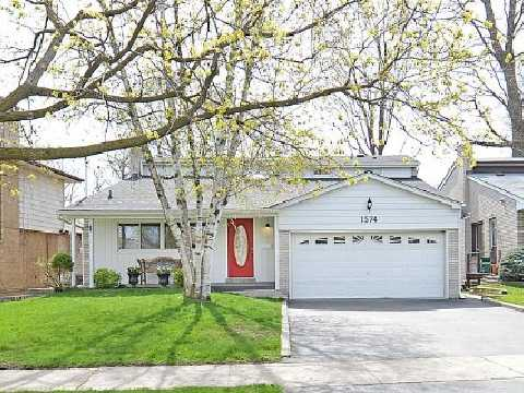 Main Photo: 1574 Sherway Dr in Mississauga: House (Backsplit 5) for sale : MLS(r) # W2628641