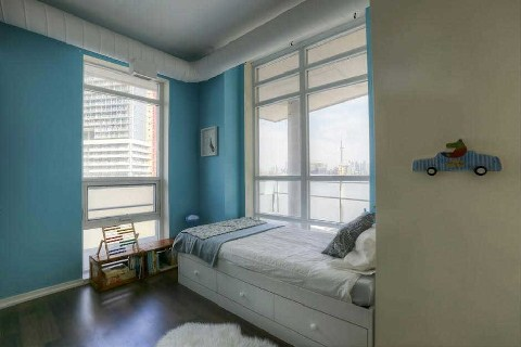 Photo 6: 38 Joe Shuster Way Unit #328 in Toronto: Niagara Condo for sale (Toronto C01)  : MLS® # C2840773