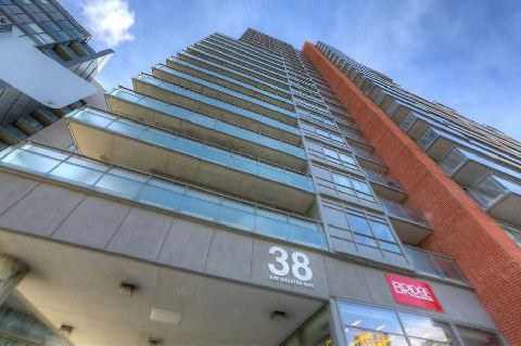 Photo 8: 38 Joe Shuster Way Unit #328 in Toronto: Niagara Condo for sale (Toronto C01)  : MLS® # C2840773