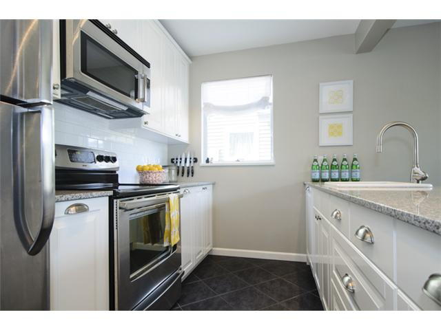 Photo 9: 103 W 15TH AV in Vancouver: Mount Pleasant VW Condo for sale (Vancouver West)  : MLS® # V1064867