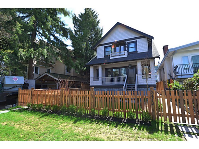 FEATURED LISTING: 3410 3RD Avenue West Vancouver