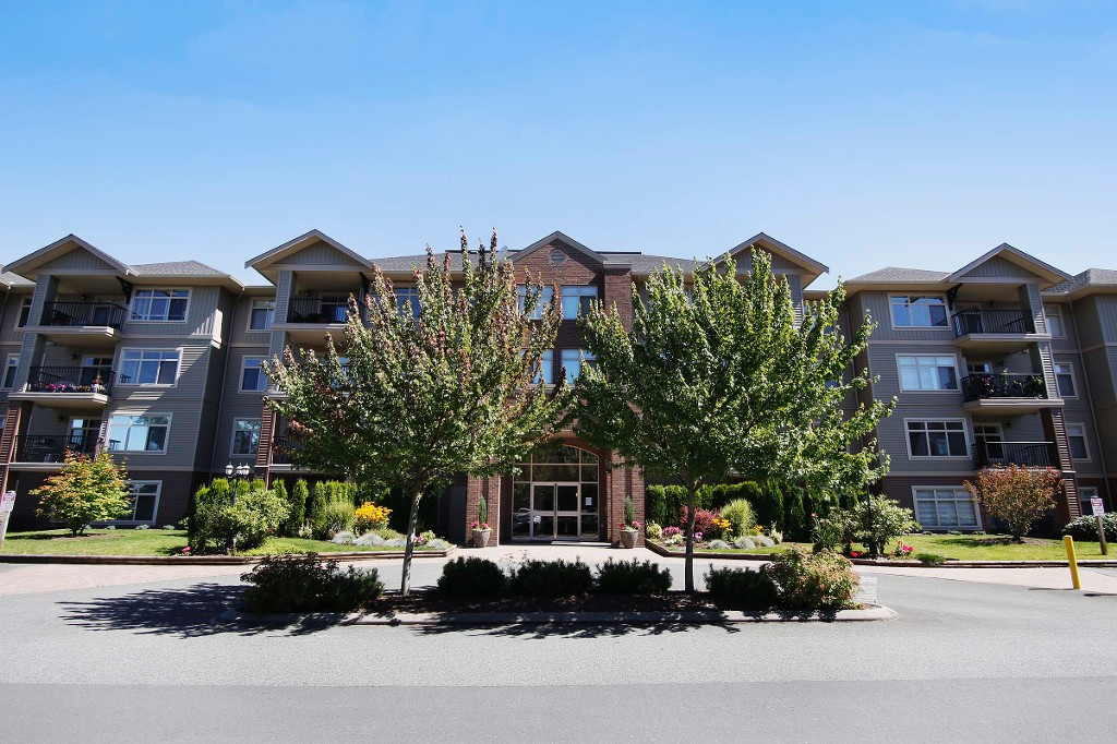 Main Photo: # 314 45769 STEVENSON RD in Sardis: Sardis East Vedder Rd Condo for sale : MLS® # H1401314