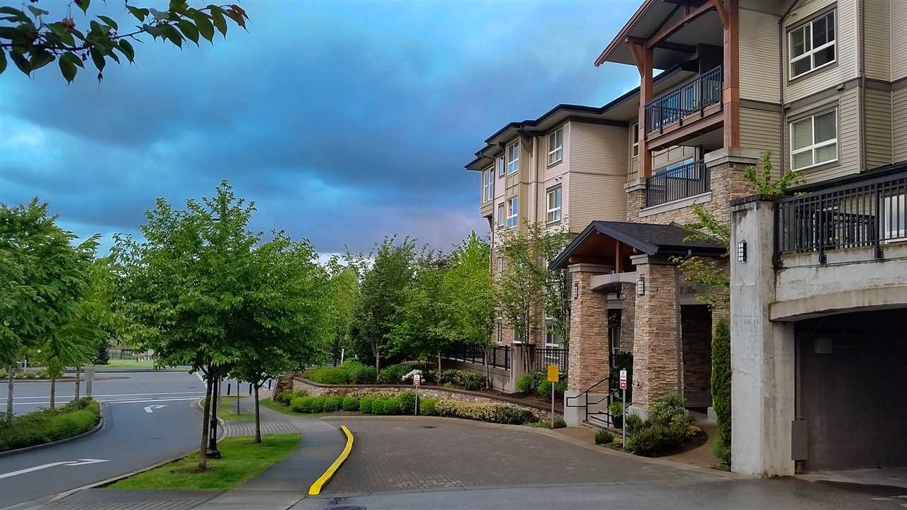 Main Photo: 206 1330 GENEST WAY in Coquitlam: Westwood Plateau Condo for sale : MLS® # R2061630