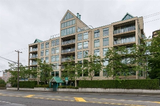 Main Photo: 301 15466 N BLUFF ROAD: White Rock Condo for sale (South Surrey White Rock)  : MLS®# R2085107