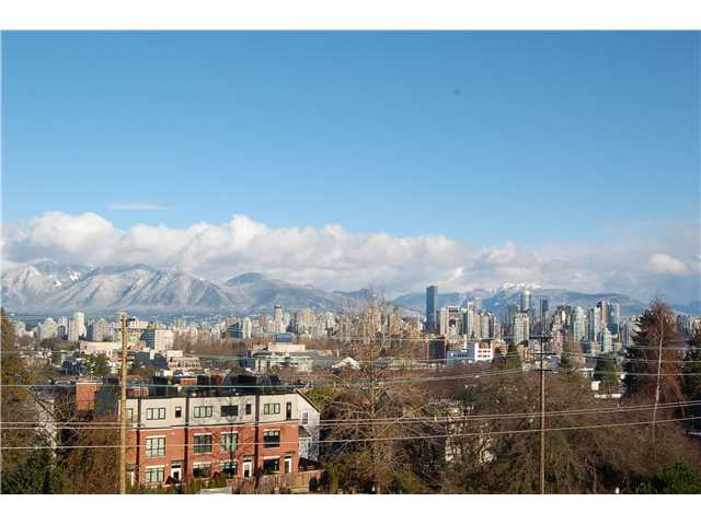 Main Photo: 301 1990 W 6TH Avenue in Vancouver: Kitsilano Condo for sale (Vancouver West)  : MLS® # V943406