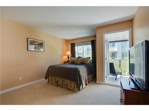 Photo 8: 407 6707 SOUTHPOINT Drive in Burnaby South: South Slope Home for sale ()  : MLS(r) # V1010354