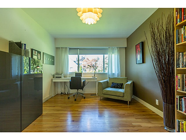 Photo 7: 4538 MACKENZIE ST in Vancouver: MacKenzie Heights House for sale (Vancouver West)  : MLS® # V1098338