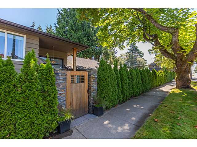 Photo 19: 4538 MACKENZIE ST in Vancouver: MacKenzie Heights House for sale (Vancouver West)  : MLS® # V1098338