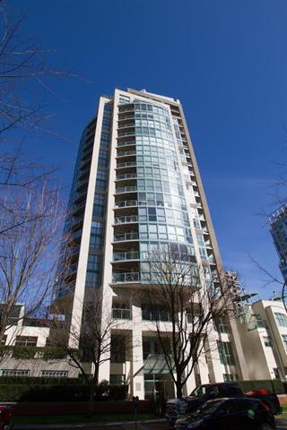 Main Photo: 605 907 BEACH AVENUE in Vancouver: Yaletown Condo for sale (Vancouver West)  : MLS® # R2047068